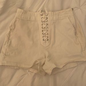 Lace up white gap shorts